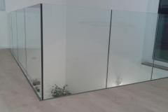 Üvegkorlát-pontmegfogással-2